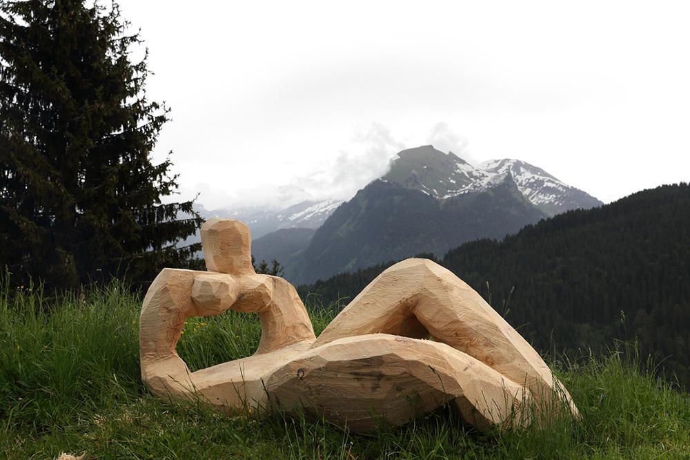 A Summer Wind from the Alps - Villa du Parc
